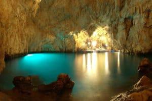 amalfi boat tour - the emerald grotto